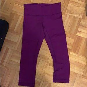 Lululemon wunder under crop leggings size 6